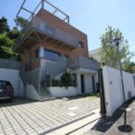 Villa zona Funivia_parcheggio esterno