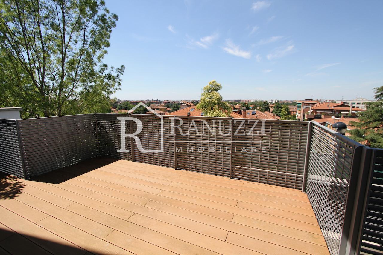 Villa zona Funivia_ampia terrazza privata