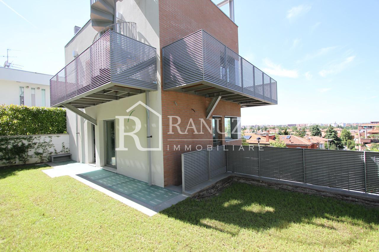Villa zona Funivia_giardino