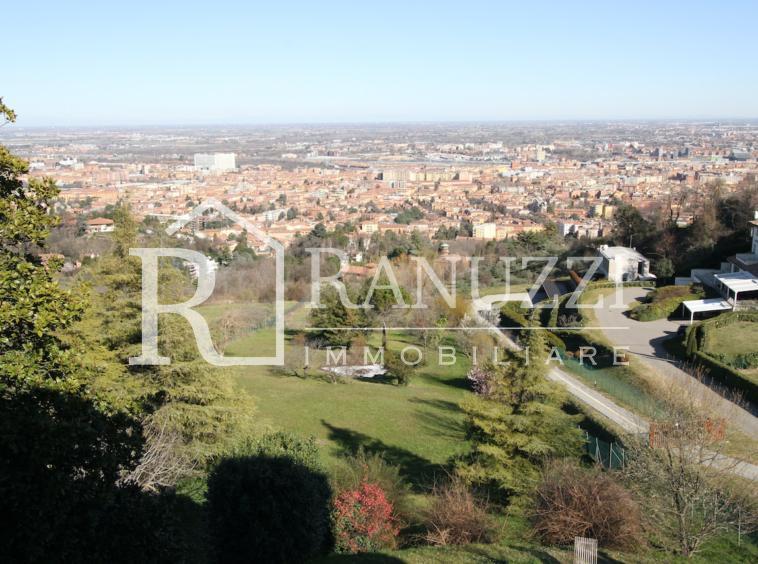 Bologna, Colle Osservanza, Villa, panorama
