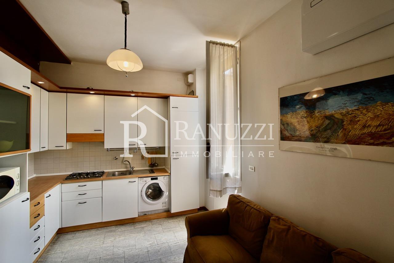 Battisti_bilocale_cucina salotto