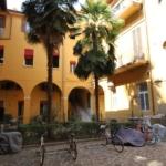 Carbonesi_D'Azeglio_monolocale_cortile interno parcheggio biciclette