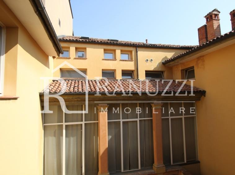 S.Stefano Corte Isolani_vista finestre esterne
