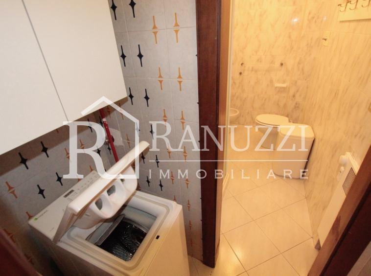 Battisti_grande bilocale_antibagno con lavatrice