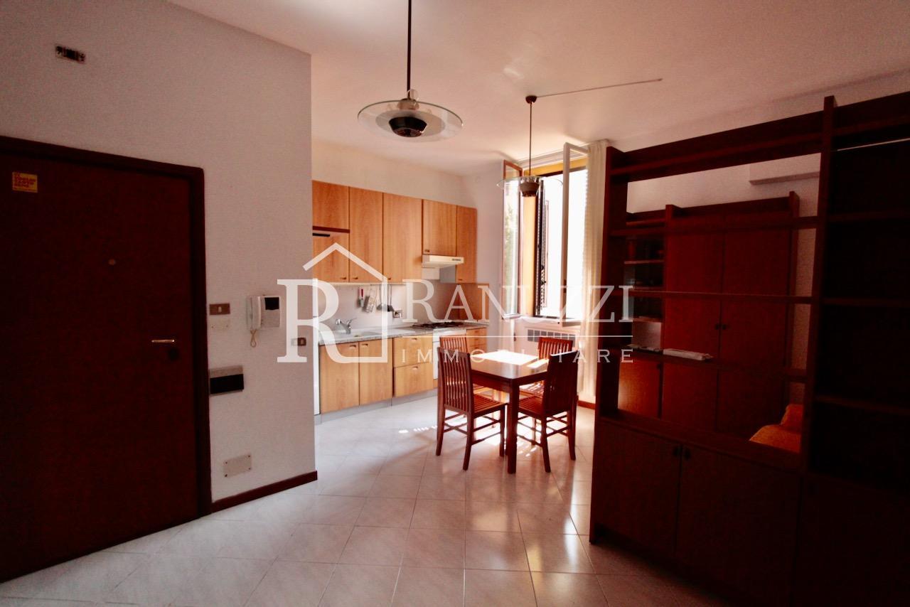 Battisti_grande bilocale_ampia cucina abitabile finestrata